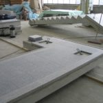 biegi schodowe z podestem na hali produkcyjnej_01
